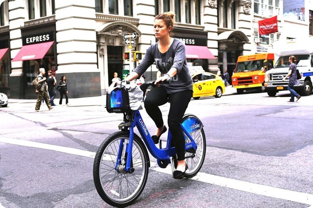 09-citibike-women.w536.h357.2x