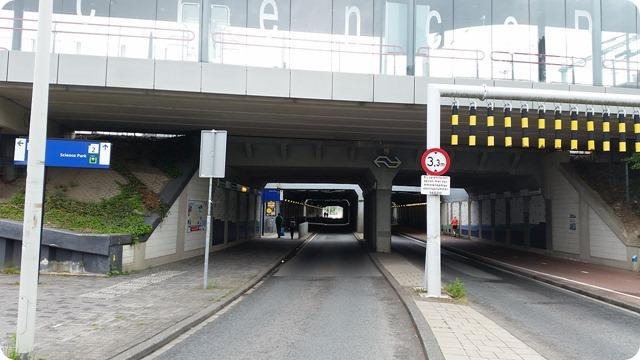 1280px-Kruislaanspoorbrug3