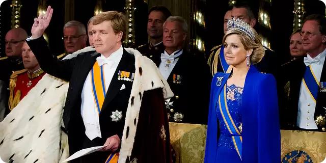 koning-willem-alexander-beedigd-en-ingehuldigd